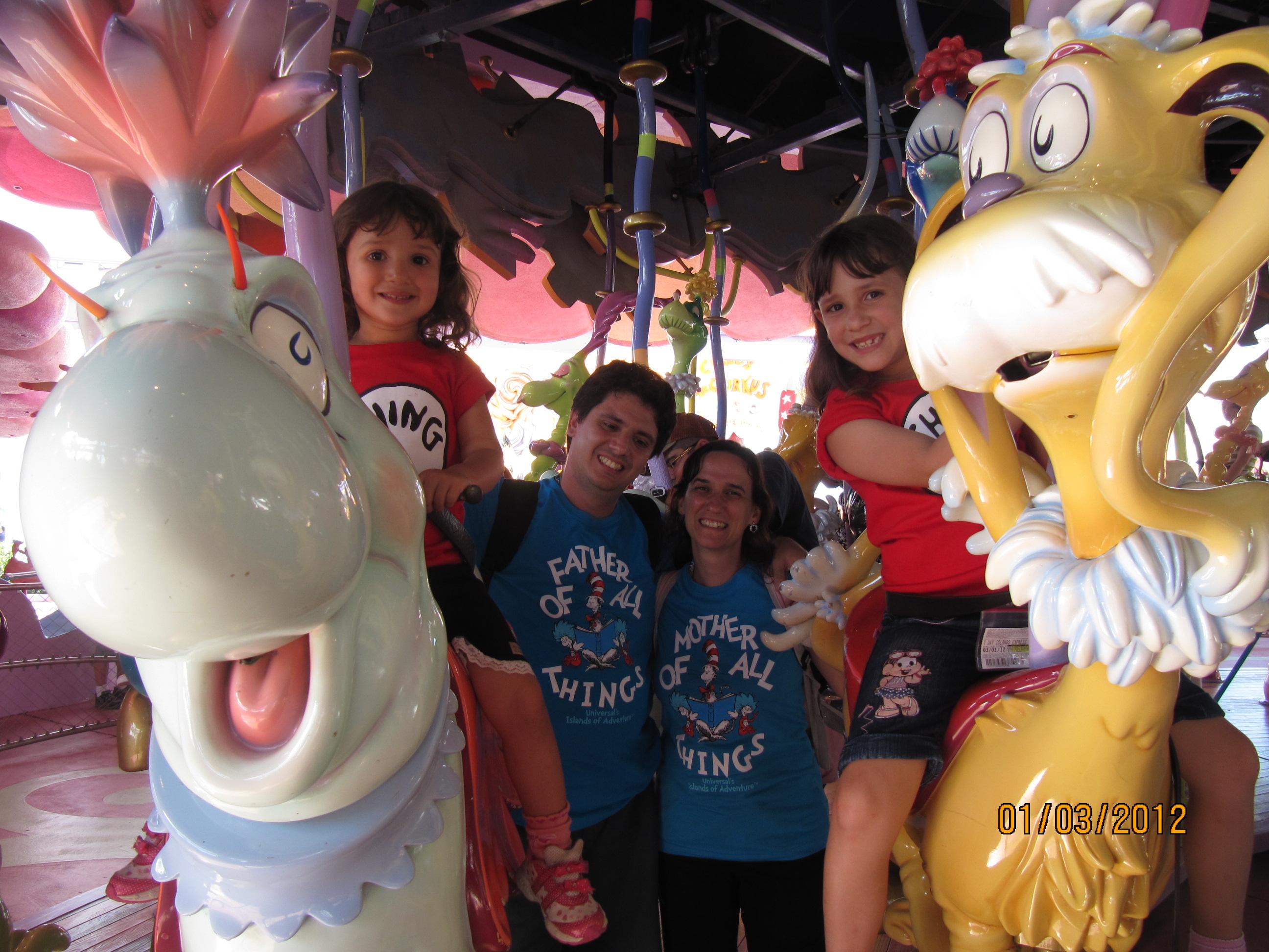 Família Quadrada no Carrossel