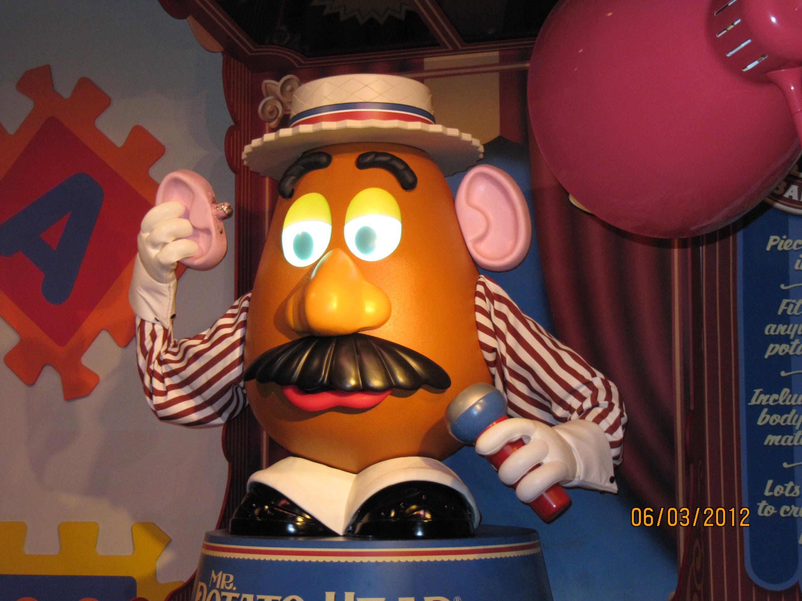 Na fila do Toy Story Mania (Hollywood Studios)