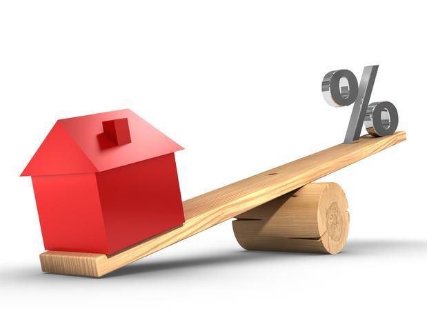 Comprar ou alugar? Fonte da imagem: http://www.fiducialimobiliaria.com.br/v2/assets/financiamento_imovel.jpg