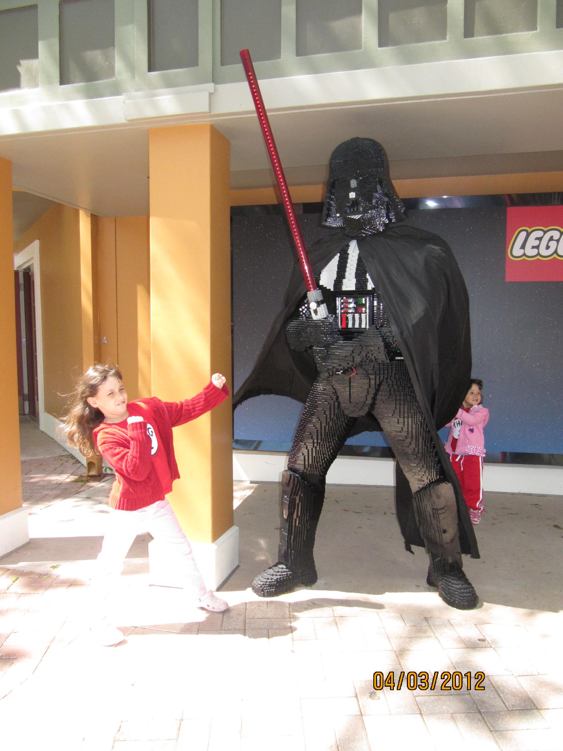 Brigando com o Darth Vader na Legoland