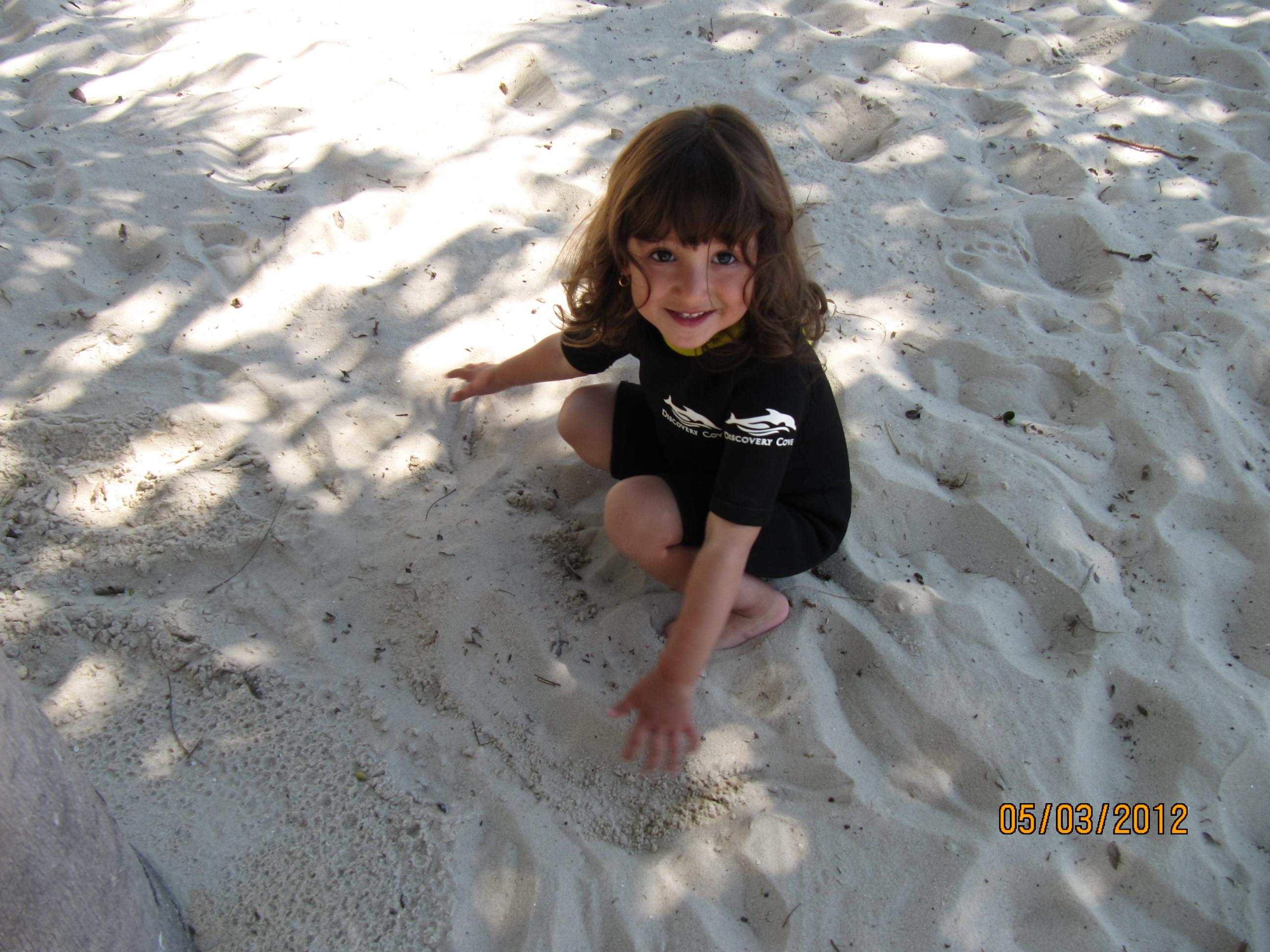 Brincar com areia é muito bom!
